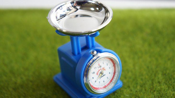 チラシの重さは何キロ?発送のとき便利に使える重量計算の方法を解説!